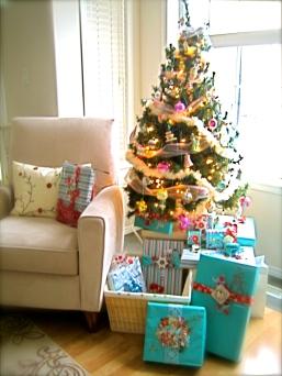 Boomdee's Aqua & Red Christmas