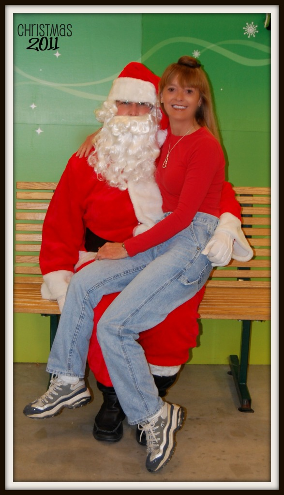 SANTA AND MOMMY 2011