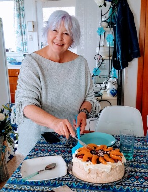 Lovely Hostess Pauline